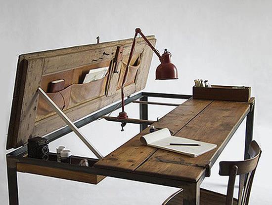 ez egy szuper kis íróasztal..